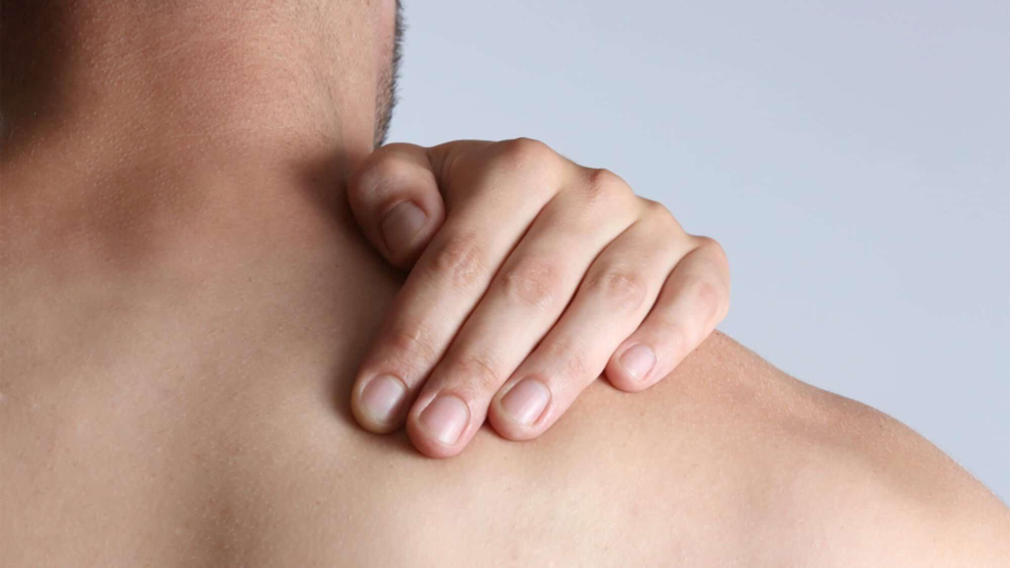 -تيبس-العضلات-بالاعشاب.jpg